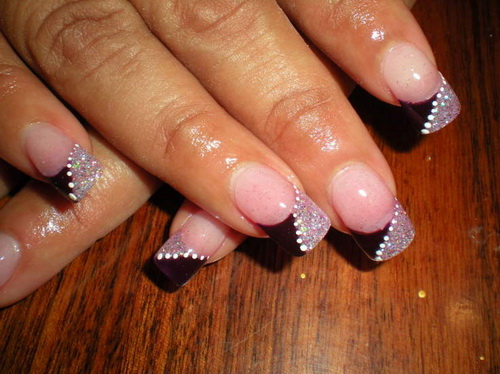 Black-Pink-French-Nail-Designs