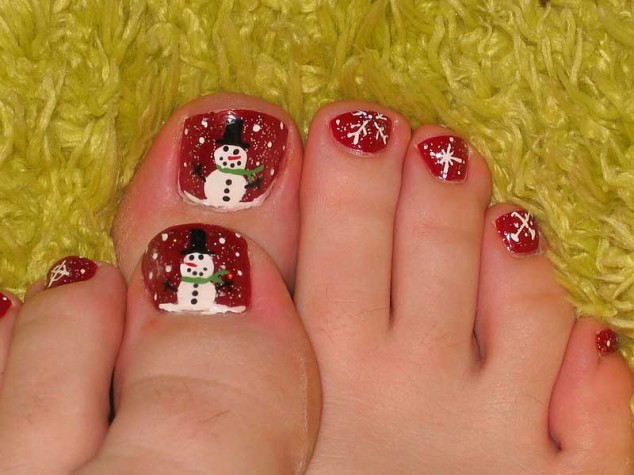 Christmas-Toe-Nail-Designs-634