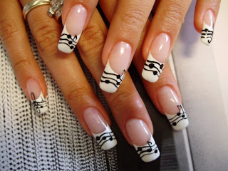 Exclusive-French-Nail-Art