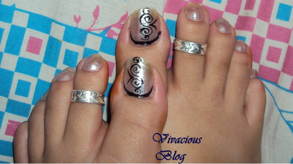 general-simply-glamorous-toe-nail-art-design-idea-with-silver-glitter-polish-and-black-tribal-motif-idea-how-to-design-nail-art