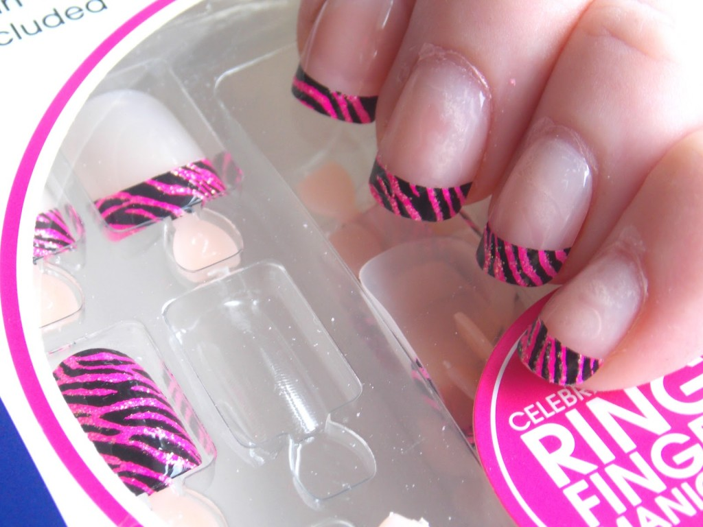 simple artificial nails