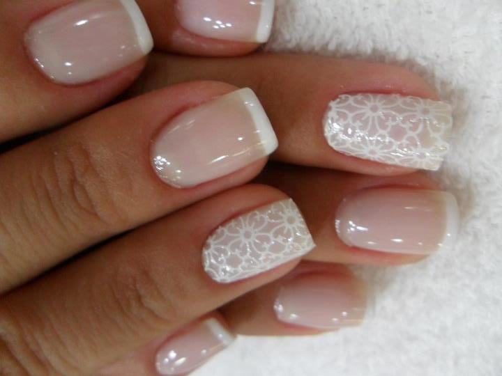 white artificial nails