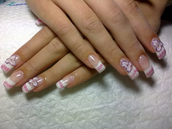 French nails nail art