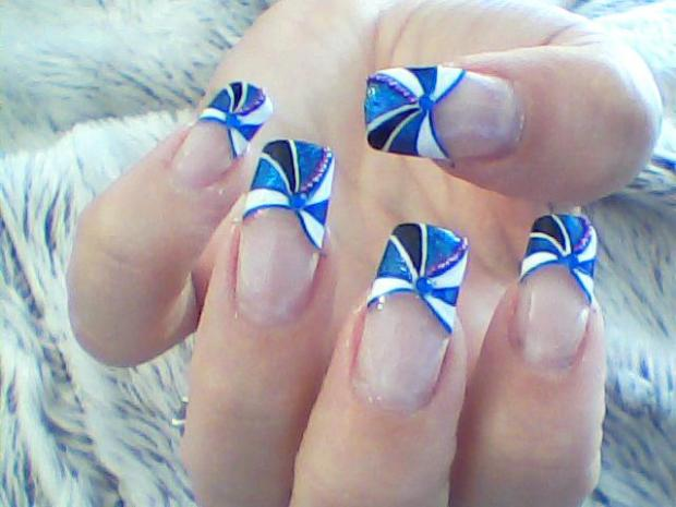 flower French nails