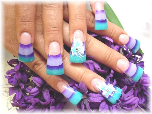 pretty-acrylic-nail-designs