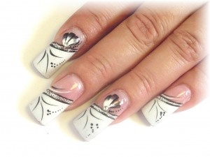 s19 nail-art-designs-for-weddings-images