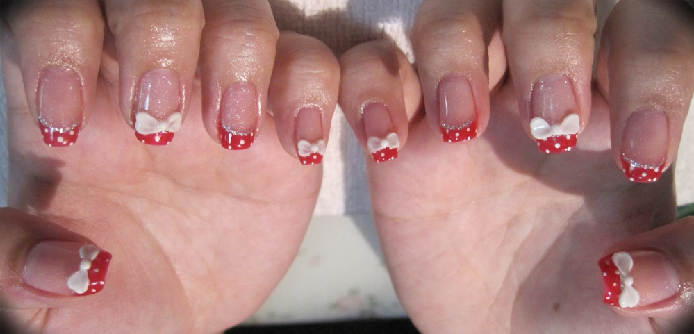 Ribbons and shiny ended 3D nail art: