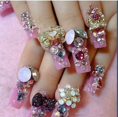 Most amazing 30+ Diamond Nail art designs – NAILKART.com