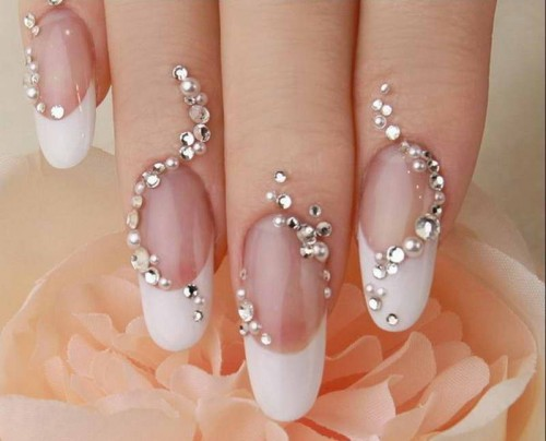 Cute-Nail-Designs-With-Diamonds