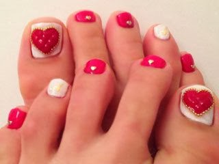Toe nail art ideas nailkart 18 beautiful nail art designs for feet prinsesfo Gallery