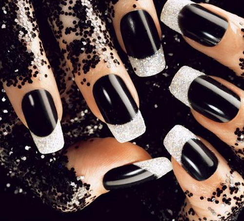 black acrylic nails with diamonds