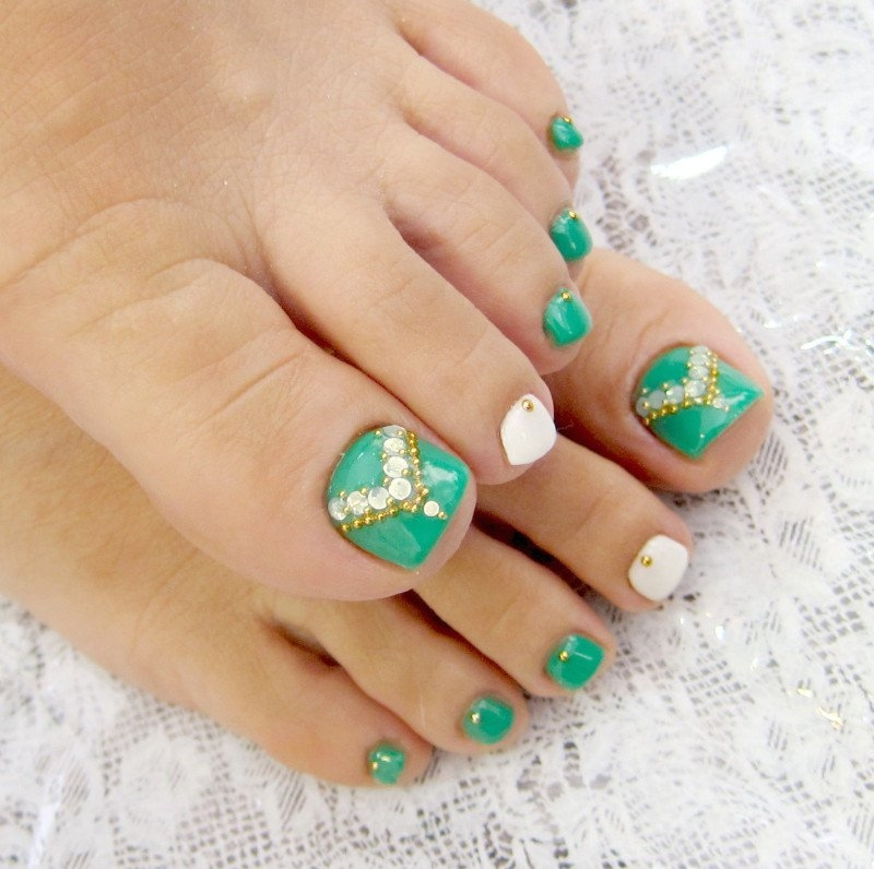 Foot Nail Art Design: Simple Nail Art Designs For Beautiful Feet