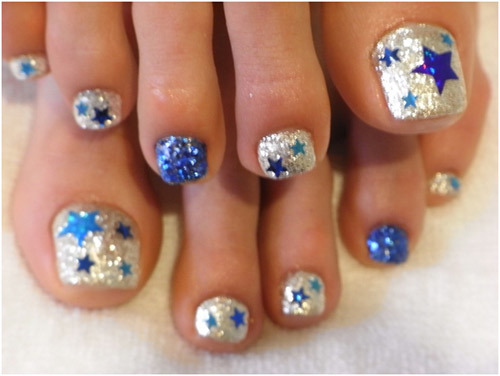 Star-toe-nails