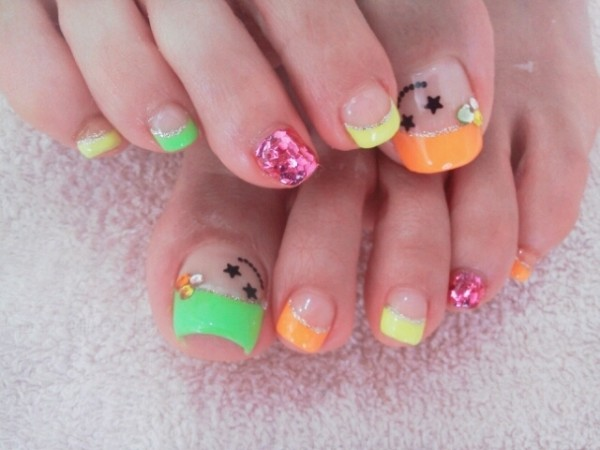cool-toe-nail-art-designs-215179