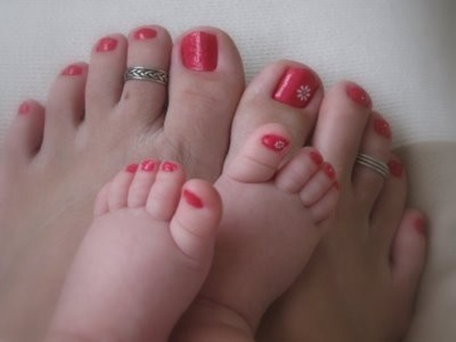 cute-toe-nail-art-10