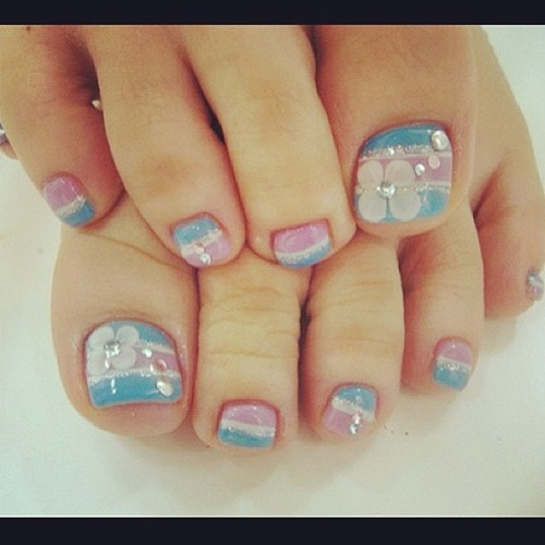 Adorable Nail Designs: Simple Nail Art Designs For Beautiful Feet