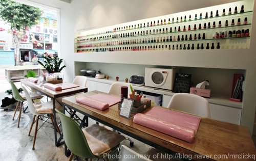 nail salons look 21