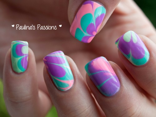 water marble nail design